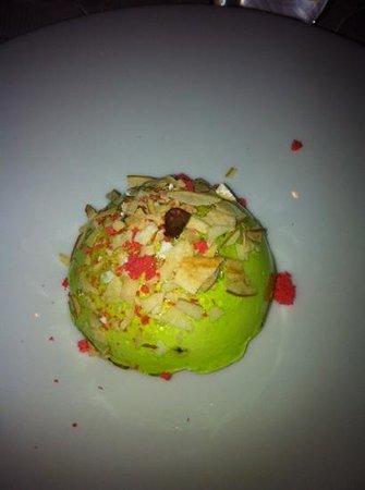 L'Assiette Champenoise:                   dessert pomme !