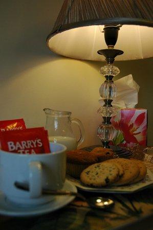 Hazel Grove B&B: Tea & Coffee in all rooms
