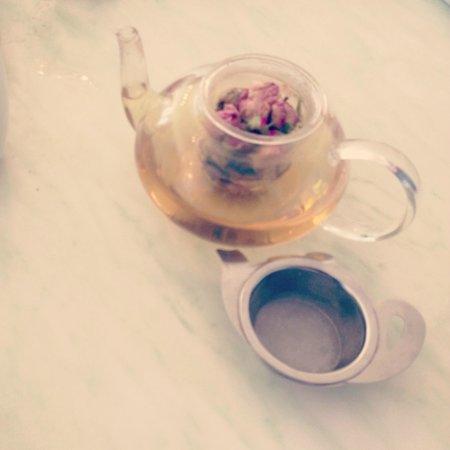 Driftwood Cafe:                   Whole Rosebud tea