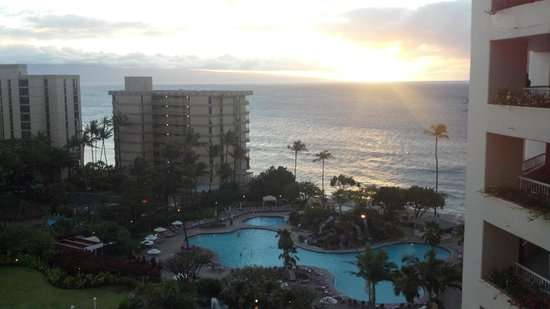 Ka'anapali Beach Club:                   Sunset From The Balcony