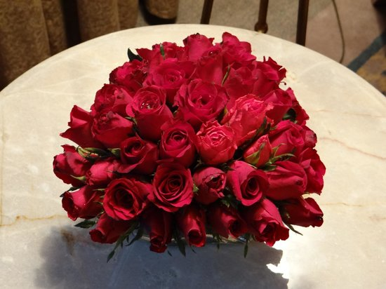 Sheraton Grande Sukhumvit, A Luxury Collection Hotel:                   Honeymoon flowers