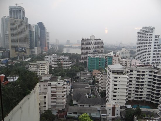 Sheraton Grande Sukhumvit, A Luxury Collection Hotel:                   View from room