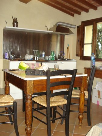 Agriturismo La Palazzina e Orchidea Bed&Breakfast:                   cuisine