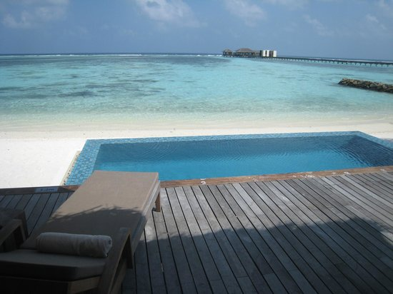 The Residence Maldives: 202, smallish private pool