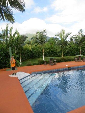 Hotel Faro Arenal:                   Pool - Cabinas Faro Arenal