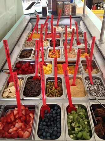 The Local Scoop: Topping Bar