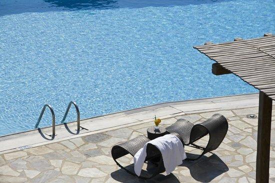 Yiannaki Hotel: Pool