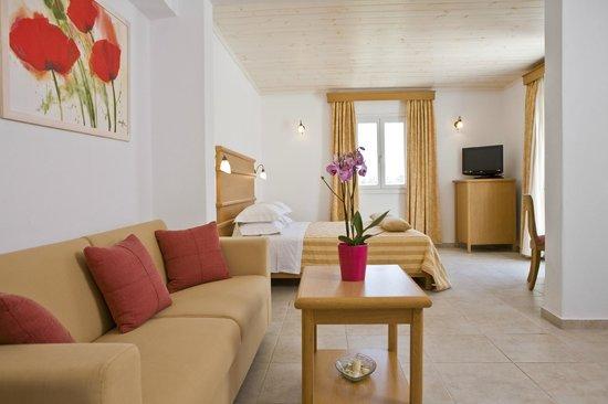 Yiannaki Hotel: Superior room