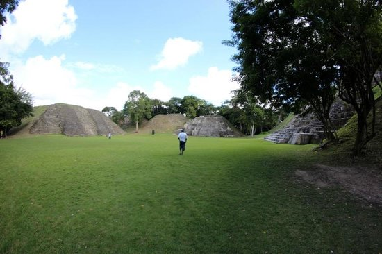 Xunantunich:                                     main grounds side angle
