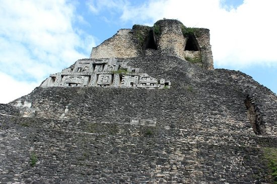 Xunantunich:                                     main temple