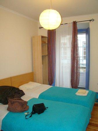 Sweet Home Hospedagem Hostel:                   chambre à deux lits simples
