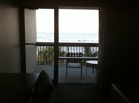 Hampton Inn Jacksonville Beach/Oceanfront:                   Balcony
