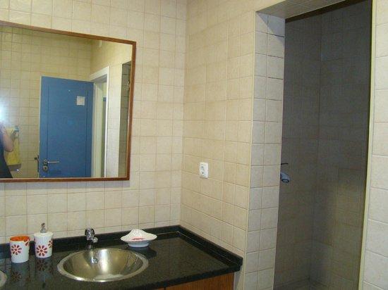 Sweet Home Hospedagem Hostel:                   salle de bain