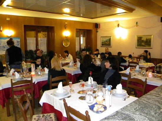 Hotel del Corso: La Sala piena