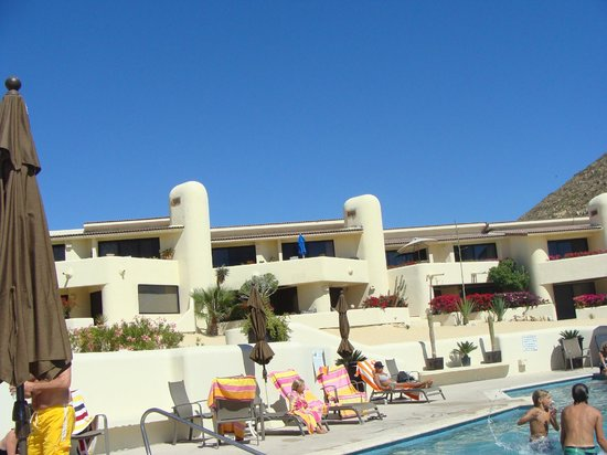 Terrasol Beach Resorts:                   View from the pool looking up to the Condo