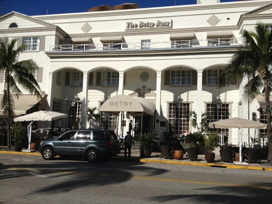 The Betsy - South Beach:                   Hotel from the street