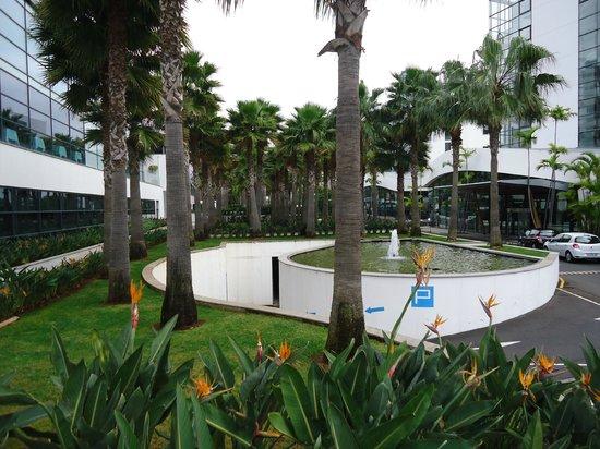 VidaMar Resort Hotel Madeira:                   área exterior hotel