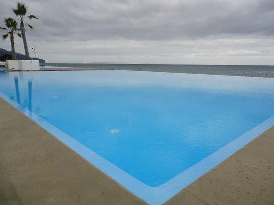 VidaMar Resort Hotel Madeira:                   Piscina