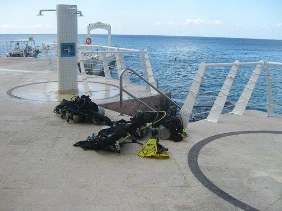 Cozumel Palace:                   scuba diving at Aqua Safari