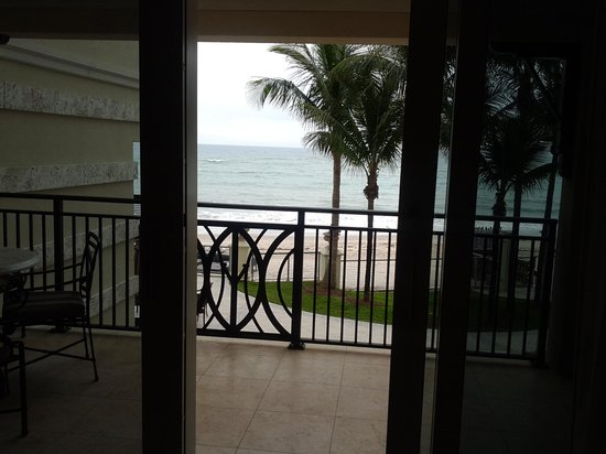 Vero Beach Hotel & Spa - A Kimpton Hotel:                   View from balcony inside room 206