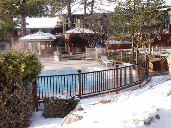 Fairmont Hot Springs Resort: Private hot pool for Lodge guests
