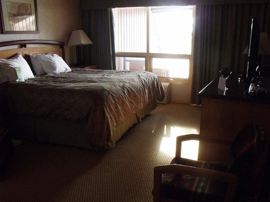 Fairmont Hot Springs Resort: Room in Lodge - 2nd floor