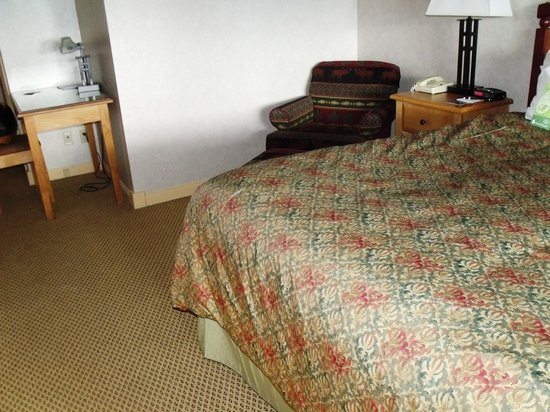 Fairmont Hot Springs Resort: Another view of room - 2nd floor