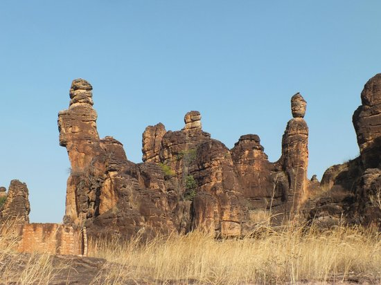 Banfora, Burkina Faso:                   Rocs in Sindou