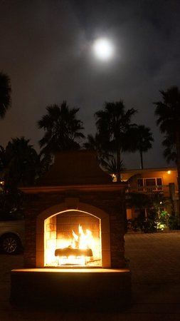 Ocean Palms Beach Resort:                   Outdoor fireplace