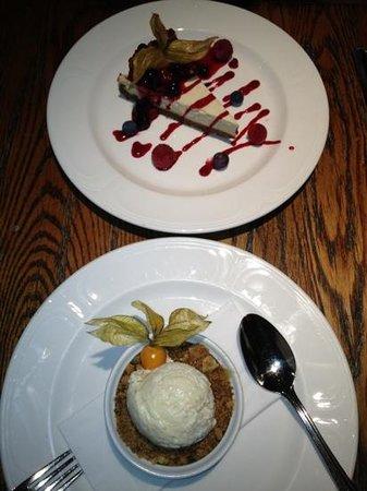 تشفين كنتري بارك هوتل آند سبا:                   Cheesecake and crumble                 