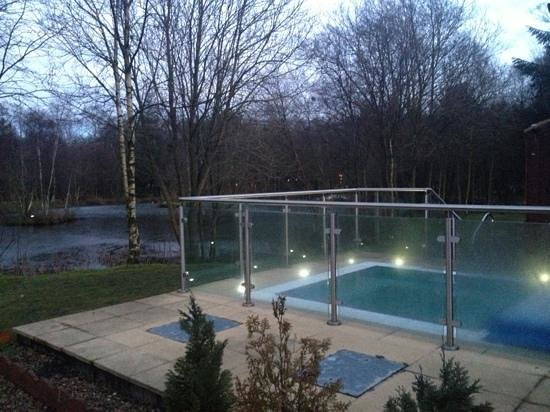 Chevin Country Park Hotel & Spa:                   Outdoor hot tub at spa. closes at 8pm