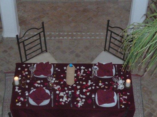Riad Faiza GuestHouse-Hammam/Spa :                   Dinner table.