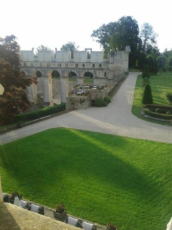 Chateau de Fere:                   view of grounds and ruins from above main entrance