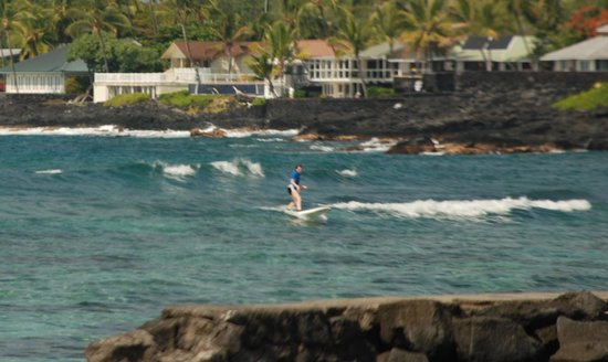 Hawaii Lifeguard Surf Instructors:                   Surf lesson
