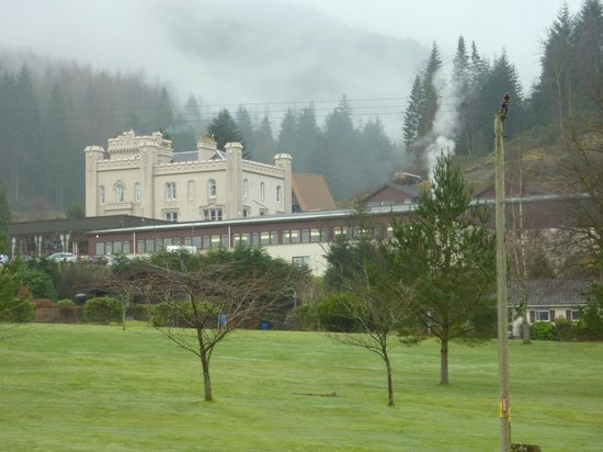 Drimsynie Estate Holiday Village: View of Hotel from grounds