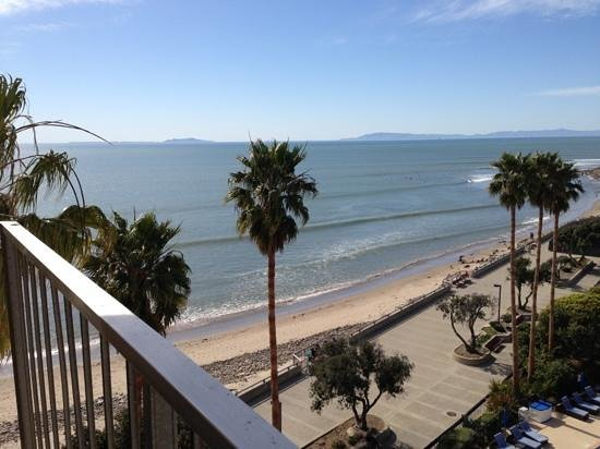 Crowne Plaza Ventura Beach: our view from the room