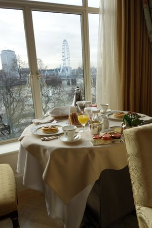 The Savoy: Breakfast with a view from suite (422)