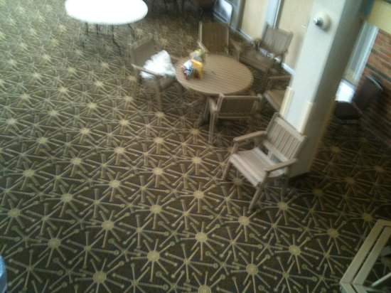 Holiday Inn Kalamazoo-West:                   Uncleared tables