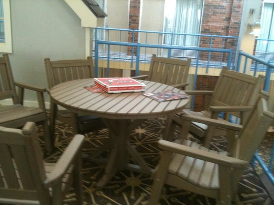 Holiday Inn Kalamazoo-West:                   Uncleared table