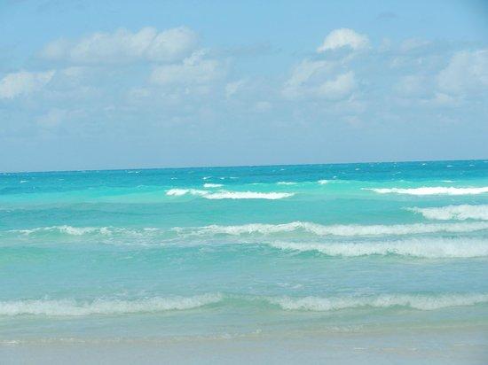 Hotel Playa Cayo Santa Maria:                                     Beach