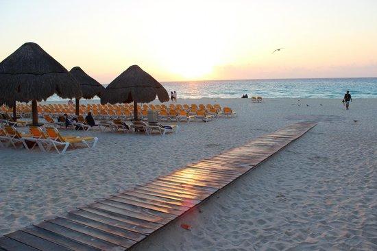 Iberostar Quetzal Playacar: Sunrise
