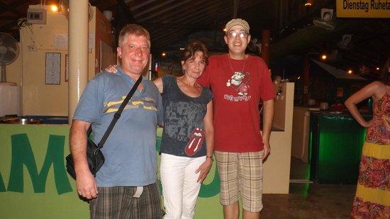 Bamboo Beach Bar Cafe & Restaurant: Das Bild rundet einen tollen Abend ab