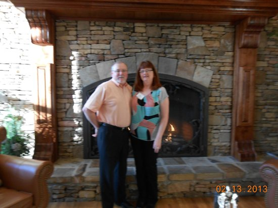 Music Road Resort Inn:                   beautiful fireplace in foyer area
