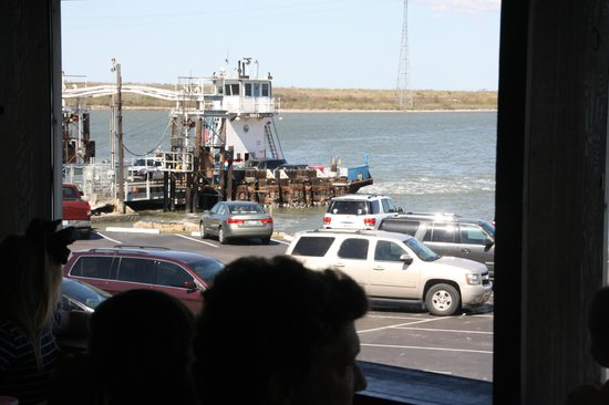 Monument Inn: Lynchburg Ferry Crossiing