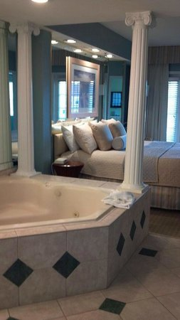 Star Island Resort and Club :                   Jacuzzi tub in bedroom!