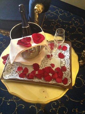 Savoia & Jolanda Hotel:                   Complimentary prosecco :)