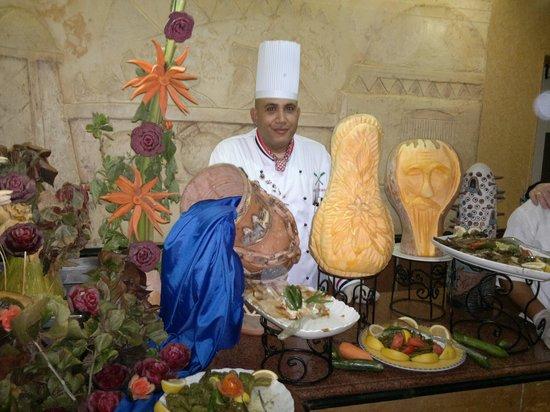 Le Pacha Resort:                                     Vakariņas