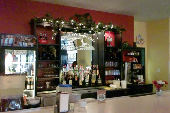 Rancher's Roost Cafe:                   Bar service counter