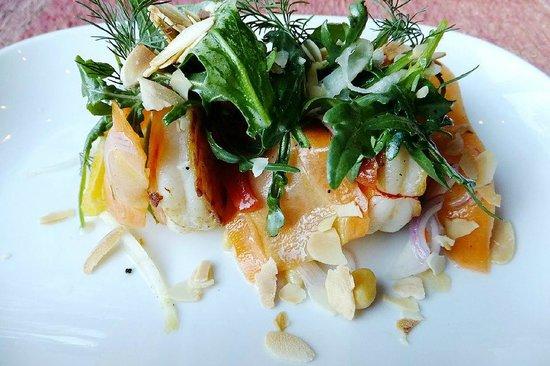COMO Uma Paro:                   Prawn salad