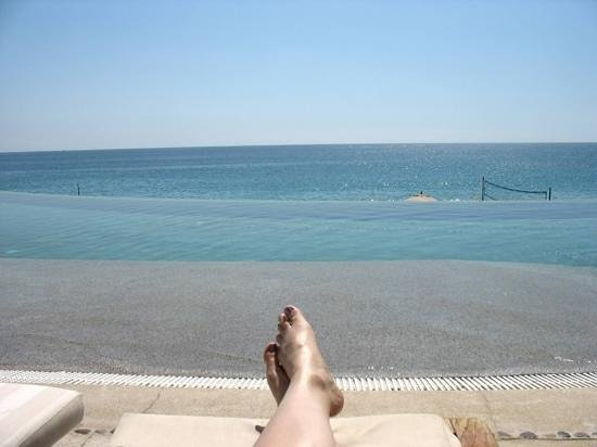 Marquis Los Cabos:                   sunning at infinity pool